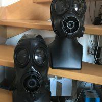 2 S10 Gasmasken